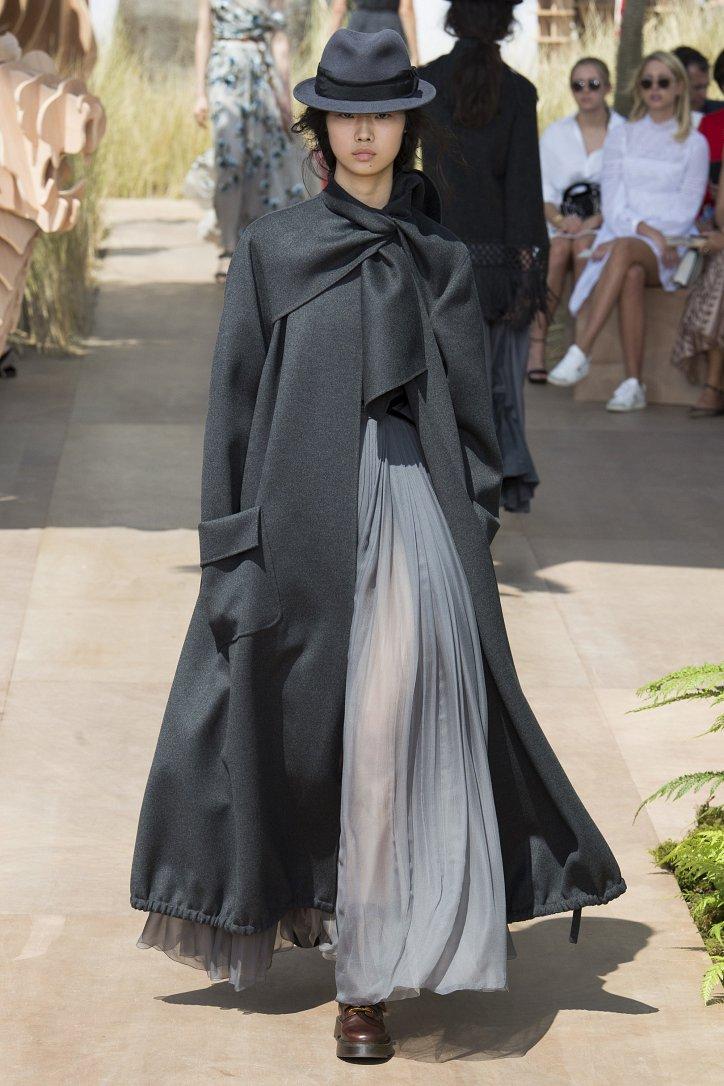 Коллекция Christian Dior Haute Couture осень-зима 2017-2018 фото №37