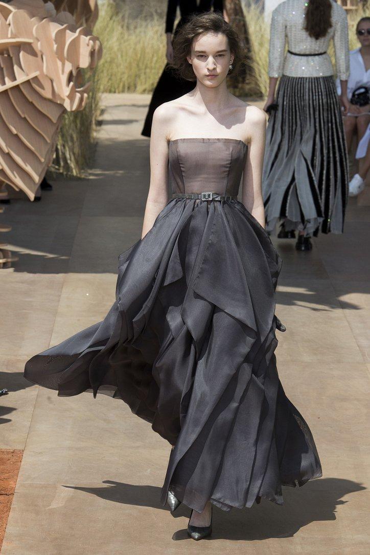 Коллекция Christian Dior Haute Couture осень-зима 2017-2018 фото №55