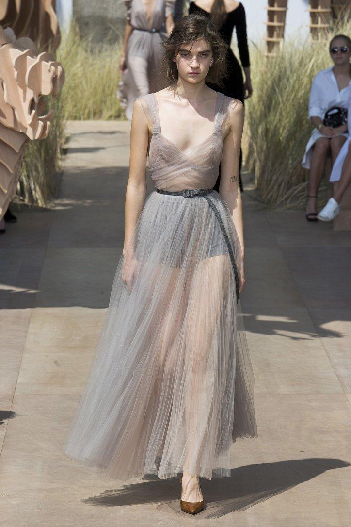 Коллекция Christian Dior Haute Couture осень-зима 2017-2018 фото №58