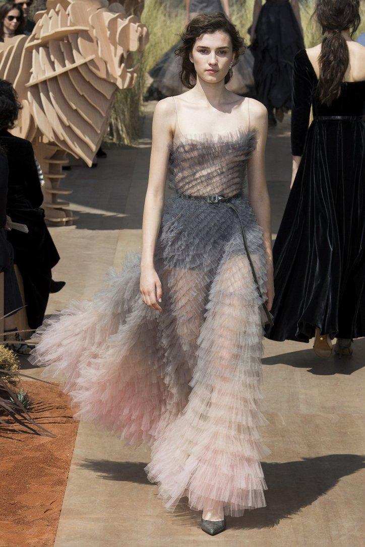 Коллекция Christian Dior Haute Couture осень-зима 2017-2018 фото №63
