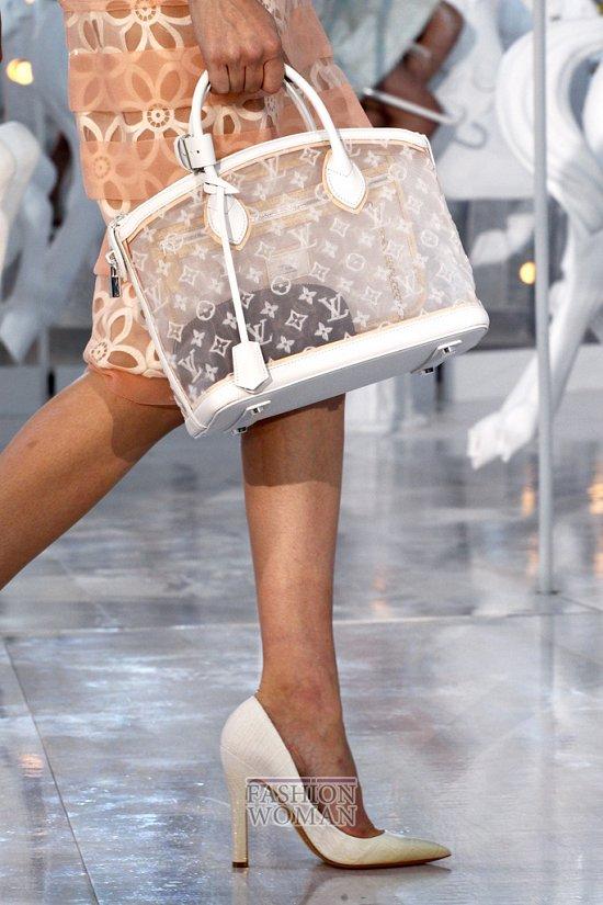 Коллекция сумок Louis Vuitton Весна-лето 2012 фото №20