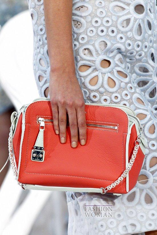 Коллекция сумок Louis Vuitton Весна-лето 2012 фото №25