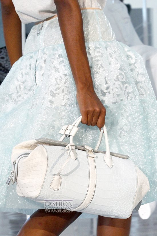 Коллекция сумок Louis Vuitton Весна-лето 2012 фото №27