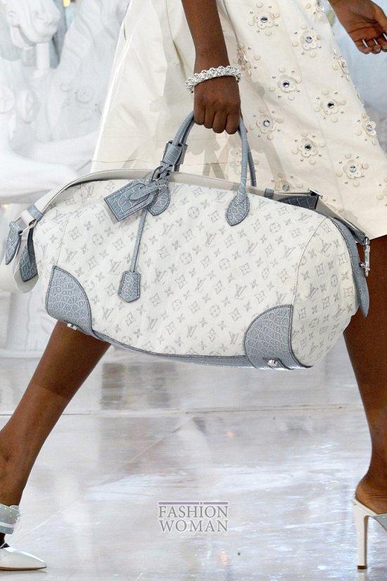 Коллекция сумок Louis Vuitton Весна-лето 2012 фото №31