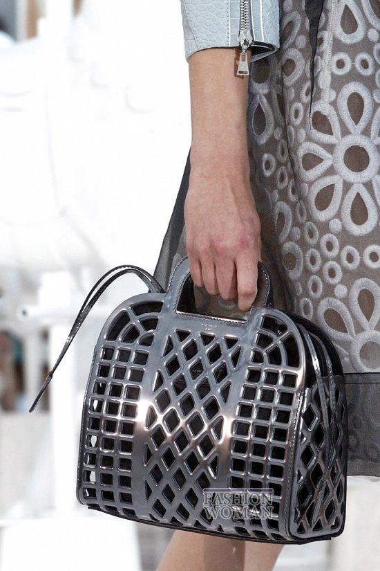 Коллекция сумок Louis Vuitton Весна-лето 2012 фото №37