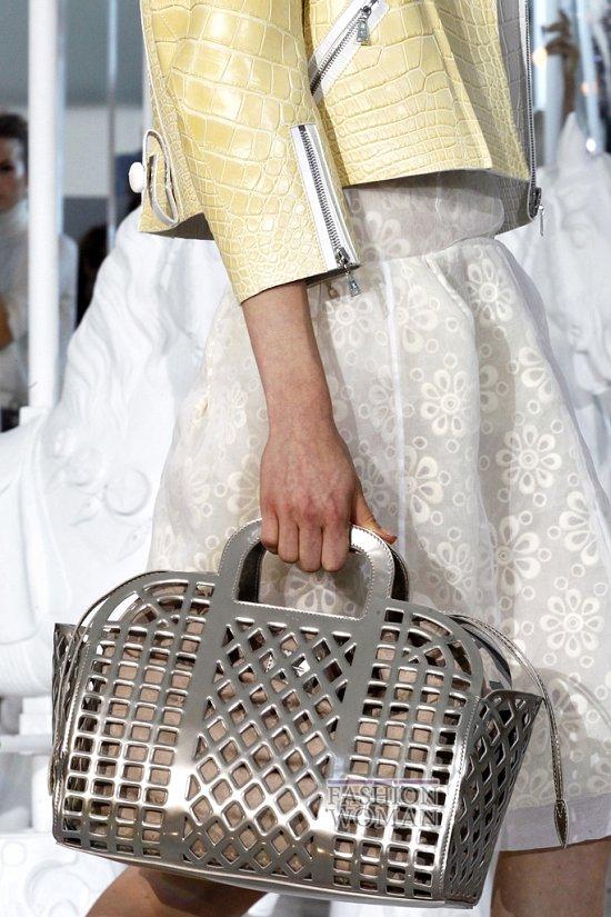Коллекция сумок Louis Vuitton Весна-лето 2012 фото №39
