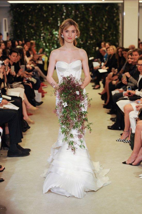 Коллекция свадебных платьев Carolina Herrera весна 2016 фото №4