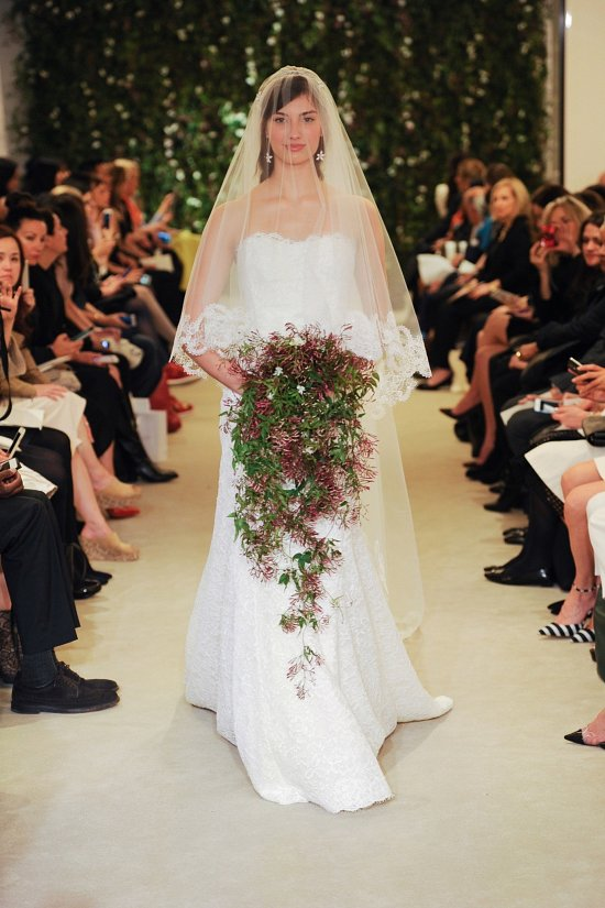 Коллекция свадебных платьев Carolina Herrera весна 2016 фото №15