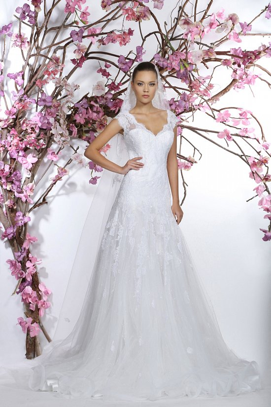 Коллекция свадебных платьев Georges Hobeika 2015 фото №21