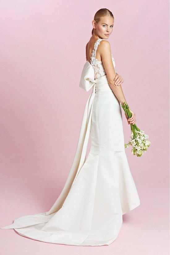 Коллекция свадебных платьев Oscar de la Renta осень-зима 2015-2016 фото №7