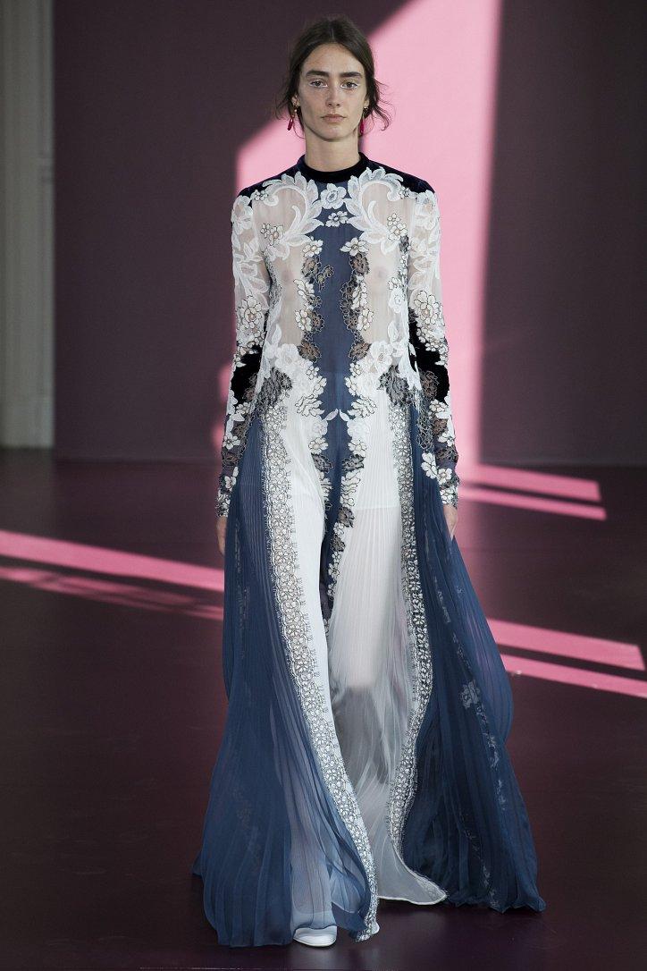 Коллекция Valentino Haute Couture осень-зима 2017-2018 фото №19