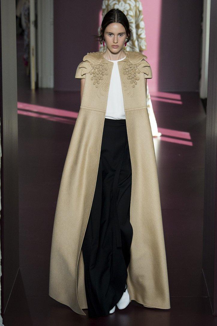 Коллекция Valentino Haute Couture осень-зима 2017-2018 фото №37