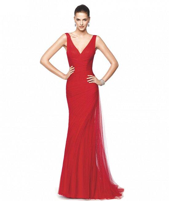 Коллекция вечерних платьев Pronovias 2015 фото №9
