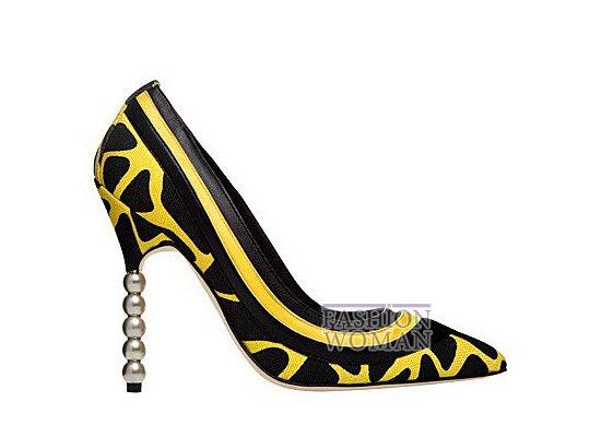 Коллекция женской обуви Manolo Blahnik весна-лето 2012 фото №23