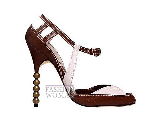 Коллекция женской обуви Manolo Blahnik весна-лето 2012 фото №45