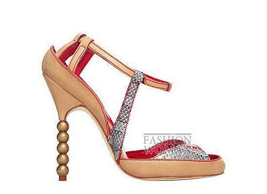 Коллекция женской обуви Manolo Blahnik весна-лето 2012 фото №46