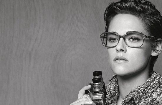 Кристен Стюарт в рекламе очков Chanel весна-лето 2015 фото №2