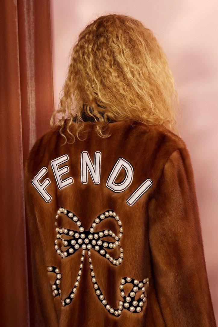 Круизная коллекция Fendi resort 2018 фото №9