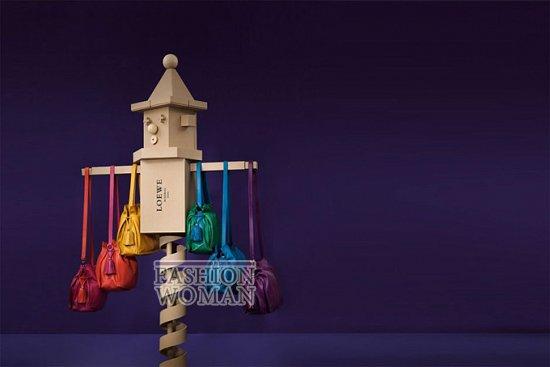 Лукбук коллекции аксессуаров Loewe Holiday 2011-2012 фото №2