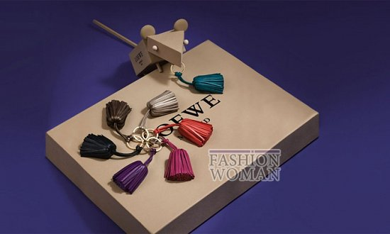 Лукбук коллекции аксессуаров Loewe Holiday 2011-2012 фото №7