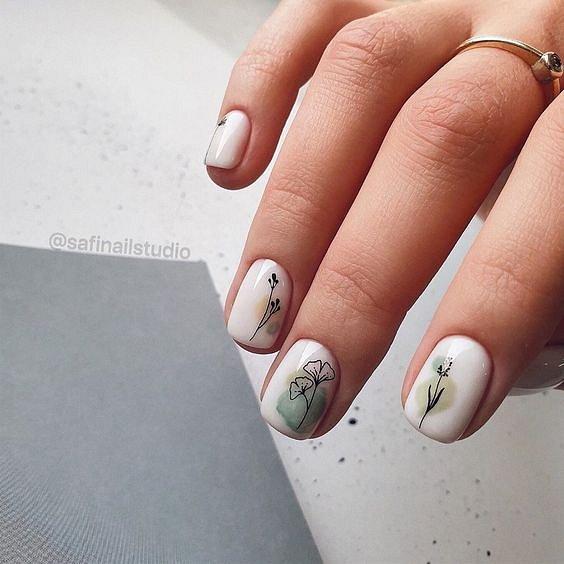 Maniküre mit Blumen: Ideen für Zeichnungen auf den Nägeln von Foto Nr. 64