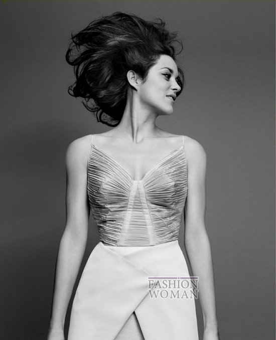 Марион Котийяр в новой рекламной кампании Lady Dior фото №6
