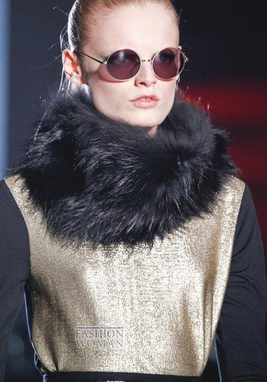 Меховой воротник - модный тренд сезона фото №4