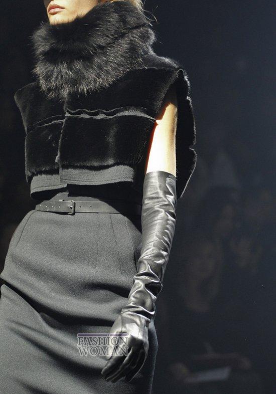 Меховой воротник - модный тренд сезона фото №5
