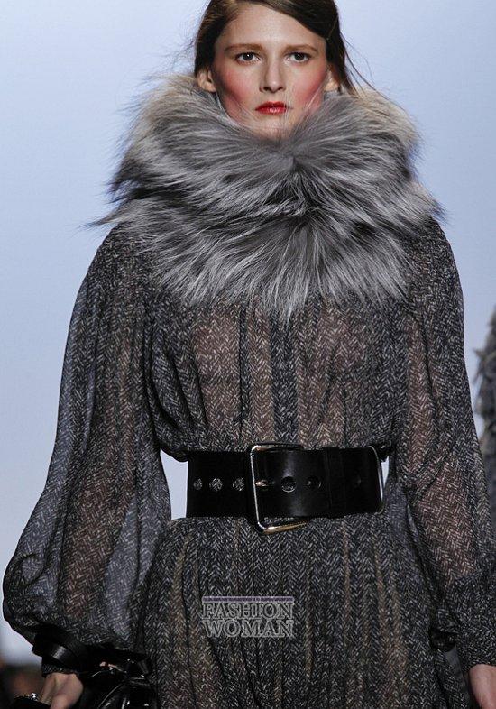 Меховой воротник - модный тренд сезона фото №8