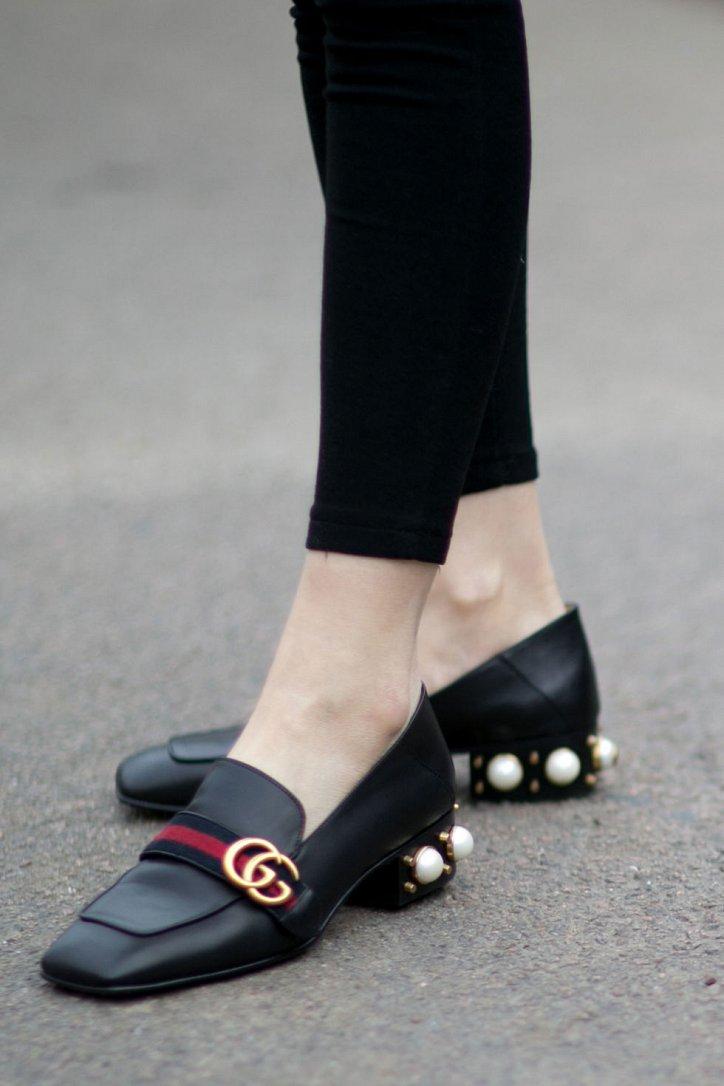 Модная обувь осени: лоферы на толстом каблуке фото №5