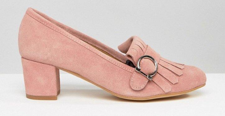 Модная обувь осени: лоферы на толстом каблуке фото №22