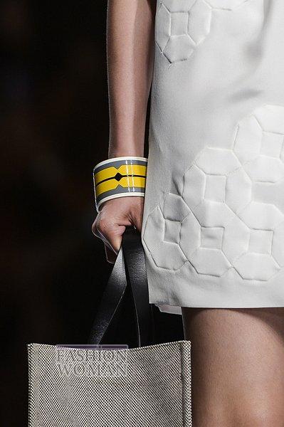 Модные браслеты весна-лето 2013 фото №20