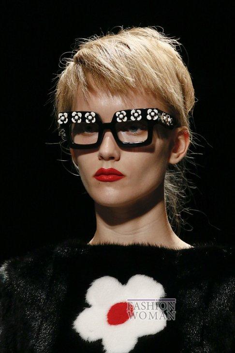 солнцезащитные очки Прада
