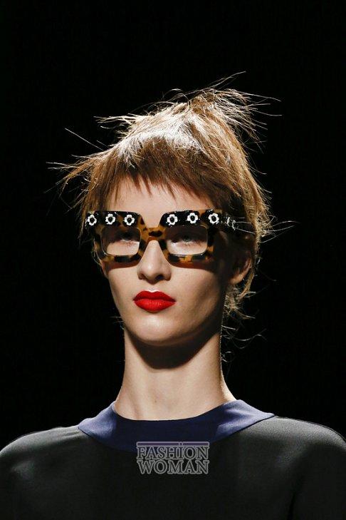 очки Prada