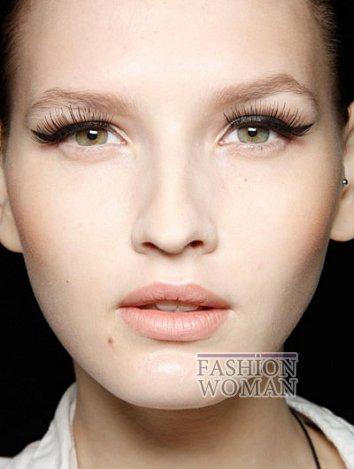 Модный макияж весна-лето 2012 фото №10