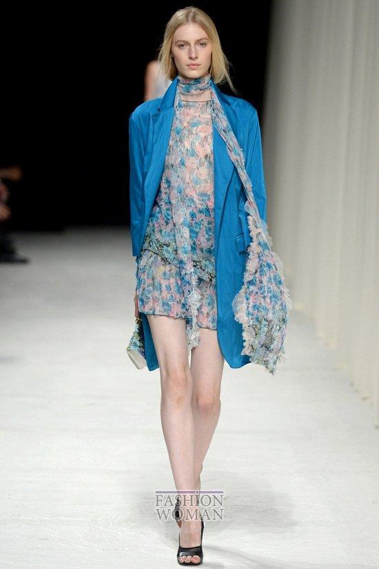 Модные плащи весна 2014 фото №10