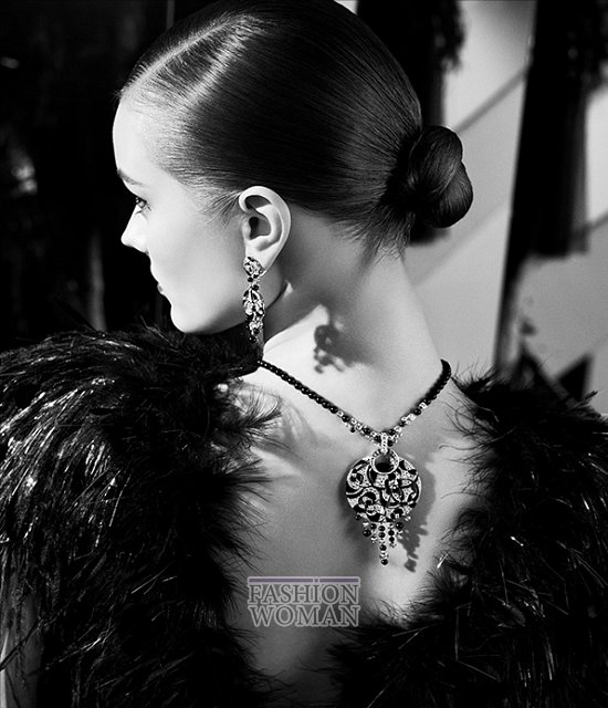 """Моника """"Як"""" Ягачак в рекламе новой коллекции ювелирных украшений Chanel фото №4"""