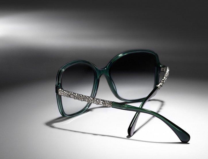 Новая коллекция солнцезащитных очков Chanel Bijou фото №2