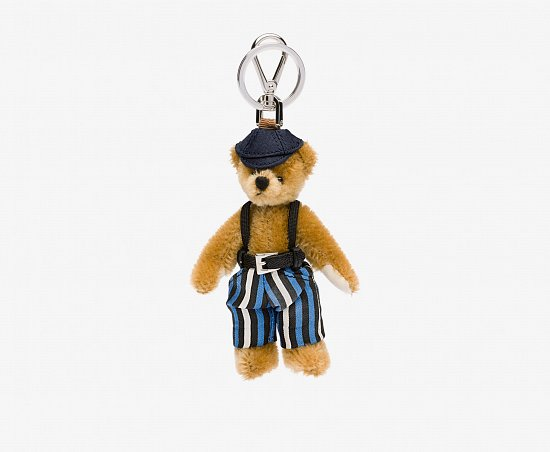 Праздничная коллекция аксессуаров Prada Bear Charms for Holiday фото №9