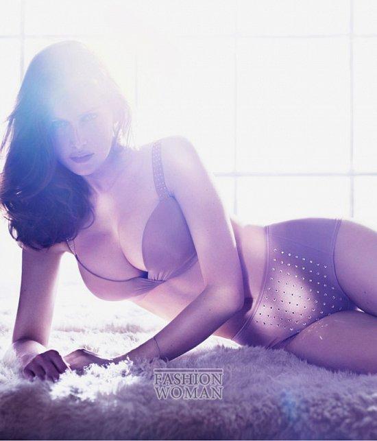 Летиция Каста в рекламе нижнего белья от H&M
