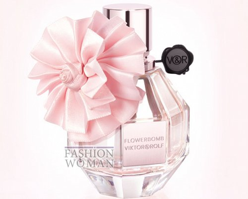 аромат Flowerbomb Christmas Edition от Viktor& Rolf