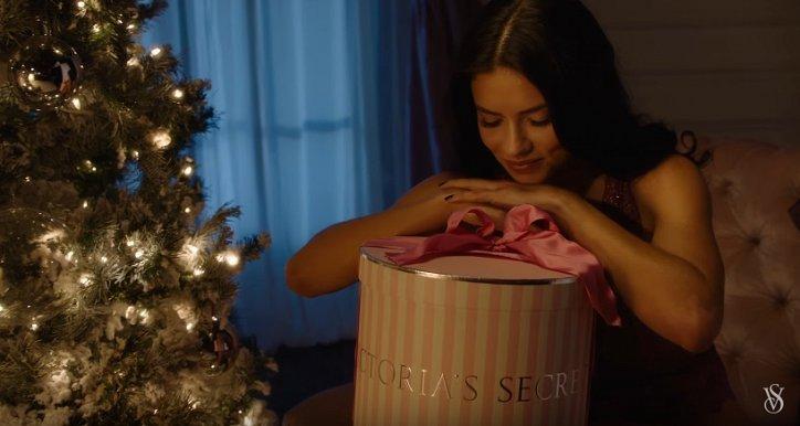 "Праздничное видео от ""Ангелов"" Victoria's Secret фото №1"