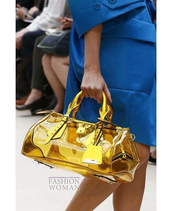 Прозрачные аксессуары - модный тренд лета фото №24
