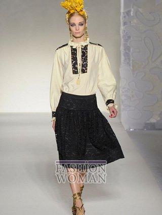Черная юбка весна 2012 от Moschino