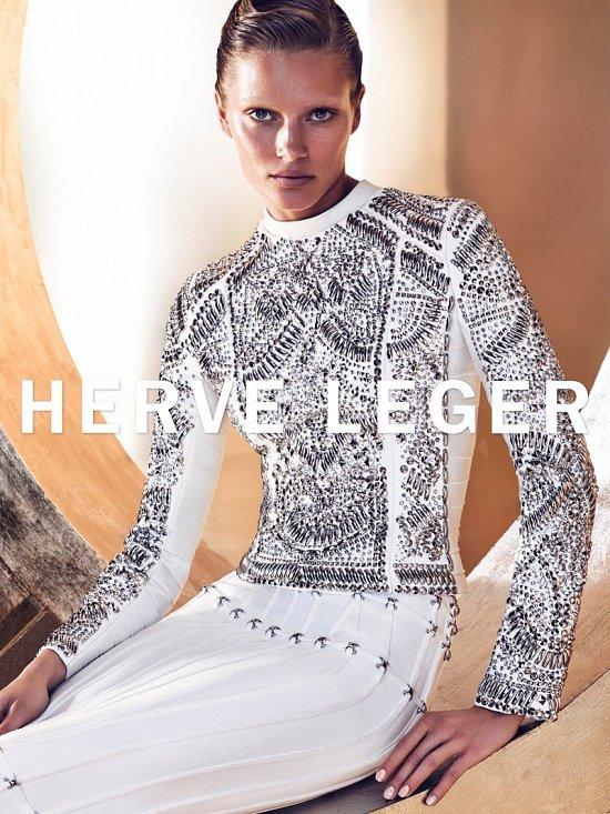 Рекламная кампания Herve Leger осень-зима 2015-2016 фото №4