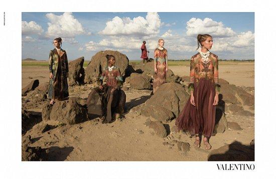 Рекламная кампания Valentino весна-лето 2016 фото №15