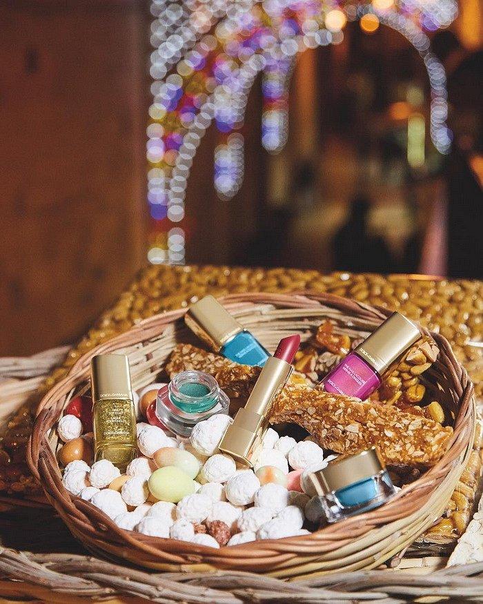 Рождественская коллекция макияжа Dolce  фото №2