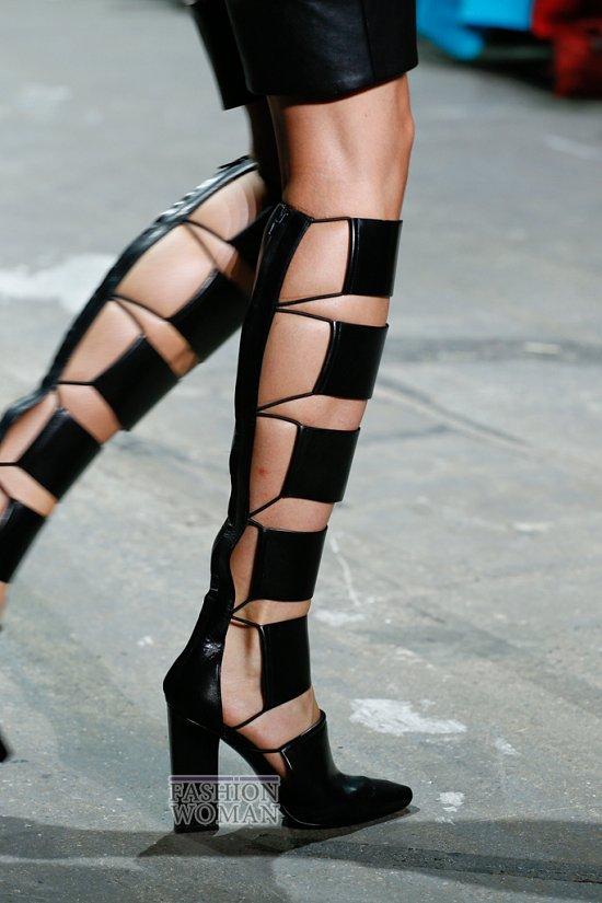 высокие сандалии-гладиаторы
