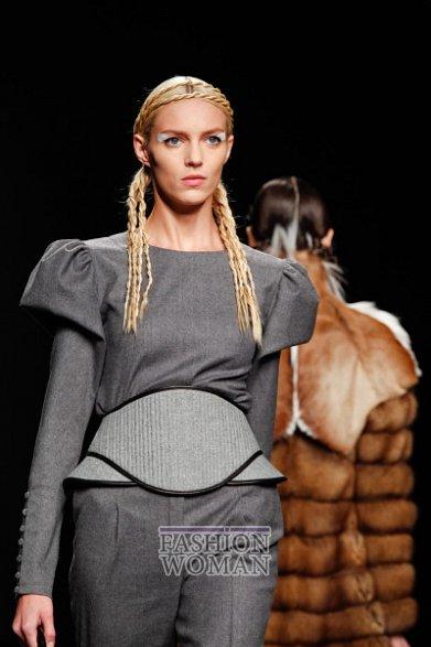 Широкий пояс - модный хит осень-зима 2012-2013 фото №1