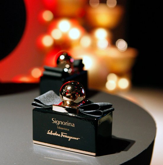 Signorina Misteriosa - новый аромат от Salvatore Ferragamo фото №2